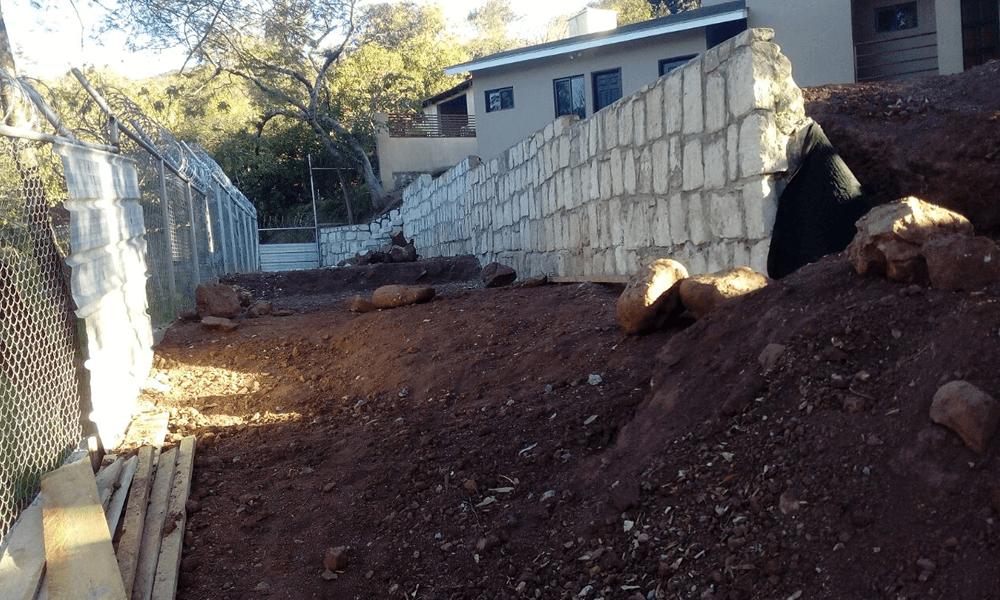 Engramado en residencia muro y gradas Grupo Proteger - 5