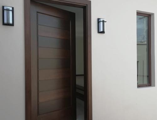 Fabricación de puerta principal de madera